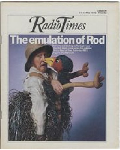 RT 2688 - 15 May 1975 (17-23 May) (North West) SING A SONG OF EMU (BBC1) with cover photo of Rod Hull and Emu.