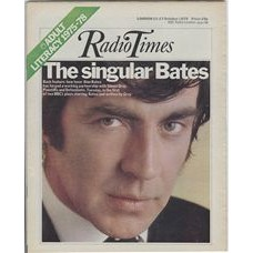 RT 2709 - 9 October 1975 (11-17 Oct) (Midlands) Play For Today PLAINTIFFS AND DEFENDANTS - with cover photo of Alan Bates.