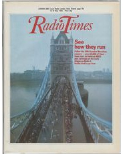 RT 3157 - 12-18 May 1984 THE LONDON MARATHON 84 (BBC1) View of runners on Tower Bridge from above