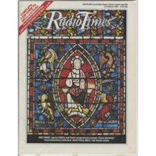 RT 3252 - 22-28 March 1986 (South) HOLY WEEK / CLOSE HARMONY / GOOD FRIDAY - with cover illustration (by Sonia Halliday/Laura Lushington) of a stained glass window.