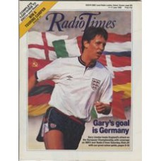 RT 3367 - 11-17 June 1988 Grandstand: FOOTBALL European Championship. with cover photo of Gary Lineker.