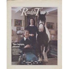 RT 3012 - 1-7 August 1981 [Unpublished / Unavailable] NOT PUBLISHED - THE ENGLISHWOMAN AND THE HORSE (BBC2) with cover photo of two ladies having afternoon tea in the drawing room - with a horse.