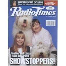RT 3709 - 18-24 February 1995 JOBS FOR THE GIRLS (BBC1) Pauline Quirke, Linda Robson at Crufts