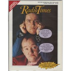 RT 3232 - 26 October-1 November 1985 (South) ALAS SMITH AND JONES (BBC2) with cover photo of Mel Smith and Griff Rhys Jones.