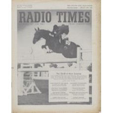 RT 1601 - Jul 16, 1954 (Jul 18-24) (West of England) INTERNATIONAL HORSE SHOW with cover photo of Chevalier d'Oriola of France, on Arlequin.