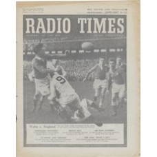 RT 1626 - January 7, 1955 (Jan 9-15) (West of England) RUGBY UNION FOOTBALL Wales v. England - with cover photo of rugby action.