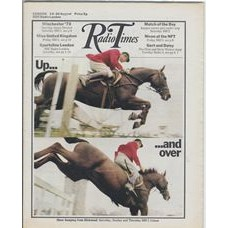 RT 2492 - 12 August 1971 (14-20 Aug) (East Anglia) INTERNATIONAL SHOW JUMPING (BBC1) with cover photos - Up… ...and over.