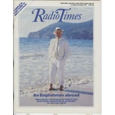 RT 3297 - 31 January-6 February 1987 (South) HOLIDAY 87 (BBC1) with cover photo of Frank Bough.