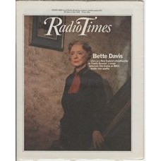 RT 3059 - 26 June-2 July 1982 (Northern Ireland) FAMILY REUNION (BBC1) with cover photo of Bette Davis.