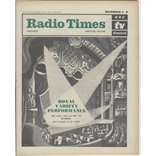RT 2034 - November 1, 1962 (Nov 3-9) (London) ROYAL VARIETY PERFORMANCE (TV) with cover illustration (by Val Biro) of spotlighted stage and pit.