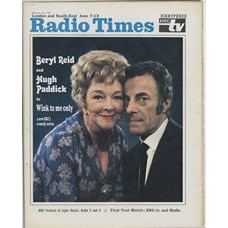 RT 2378 - June 5, 1969 (Jun 7-13) (London & South-East) WINK TO ME ONLY (BBC1) with cover photo of Beryl Reid and Hugh Paddick.