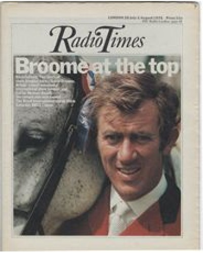 RT 2698 - 24 July 1975 (26 Jul-1 Aug) (London) ROYAL INTERNATIONAL HORSE SHOW (BBC1) with cover photo of David Broome with Philco.