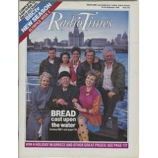RT 3382 - 24-30 September 1988 (Scotland) BREAD (BBC1) with cover photo of the cast.
