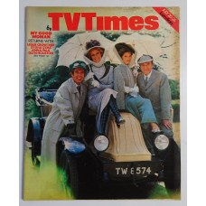 TVT 1974/30 - July 20-26, 1974 (London) MY GOOD WOMAN - with cover photo of Leslie Crowther, Sylvia Syms, Anna Palk and Glyn Houston.