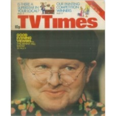 TVT 1975/22 - May 24-30, 1975 (London) THE BENNY HILL SHOW - with cover photo of Benny.